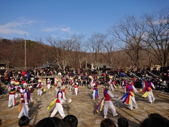 韓国民俗村の農楽