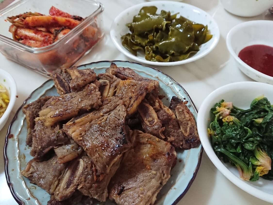 韓国の正月料理:LAカルビの写真