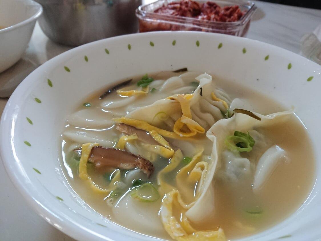 韓国の正月料理:トックの写真