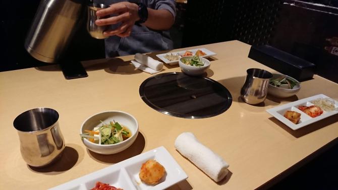 西新宿で人気の韓国料理、韓感のおかず