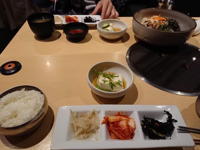 西新宿で人気の韓国料理屋さん「韓感」のおかず