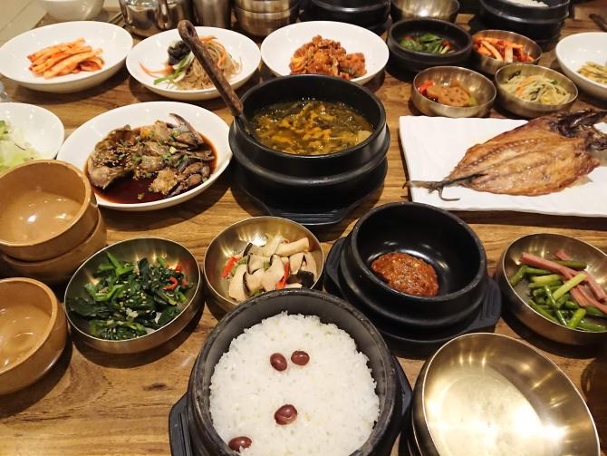 おかずがいっぱい、ソウルの韓定食『チェウム 채움』4