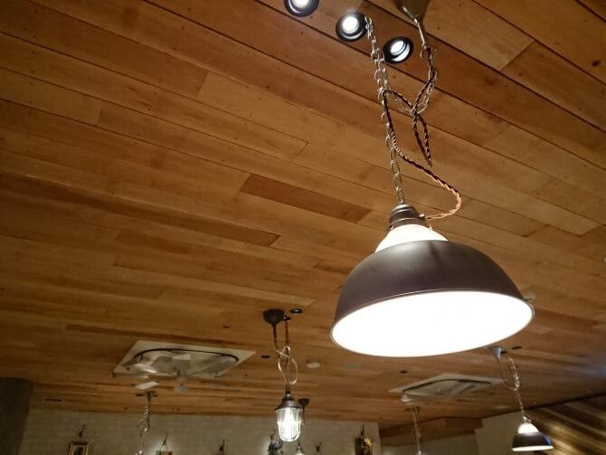 新宿の焼肉屋『エイジング・ビーフTOKYO』雰囲気