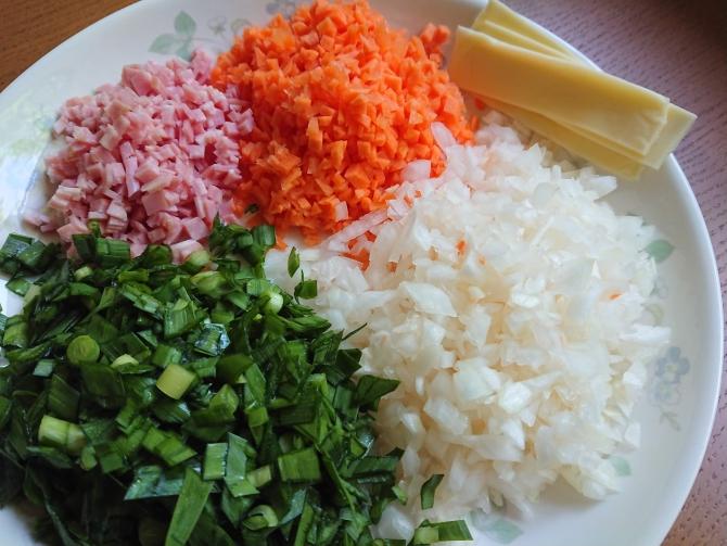 野菜たっぷりの韓国式の卵焼き(ケランマリ)のレシピ写真