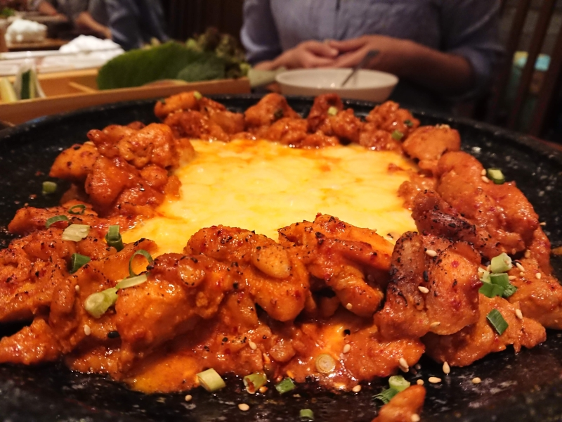 水刺齋(スランジェ)のコース料理の写真