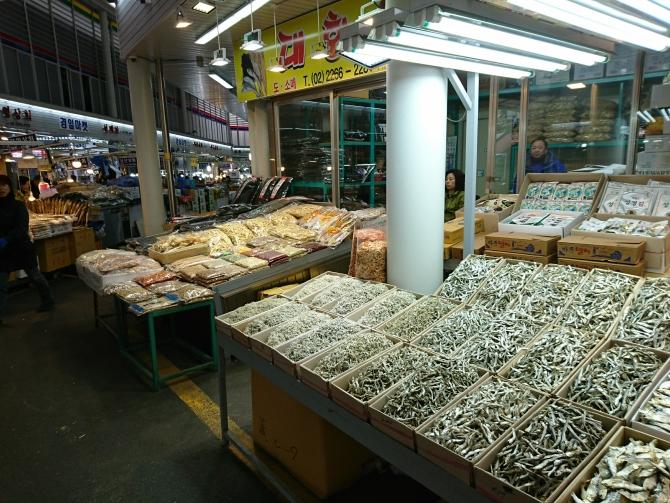 韓国の中部市場のお店の写真