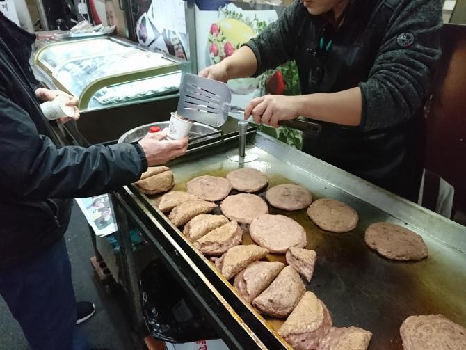 韓国の中部市場のお店の写真:ホットク