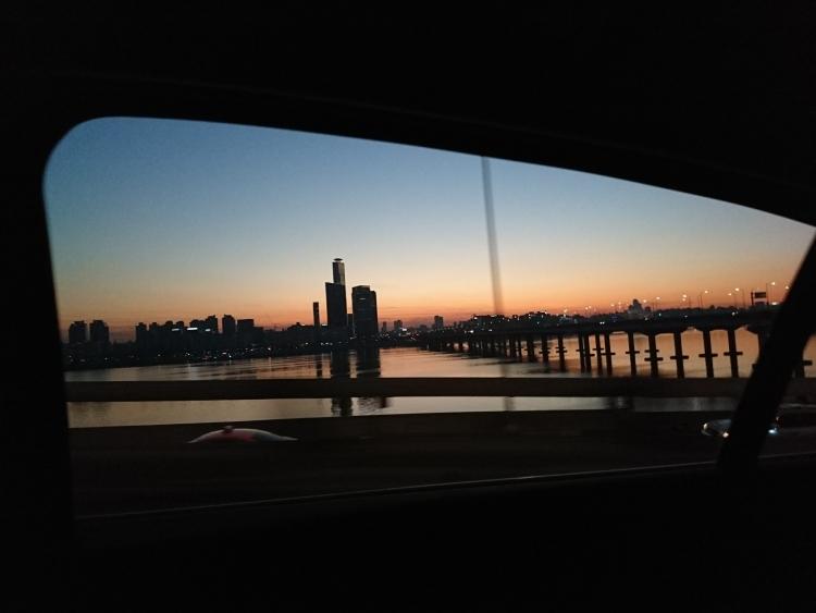 漢江(ハンガン)の夕暮れの写真