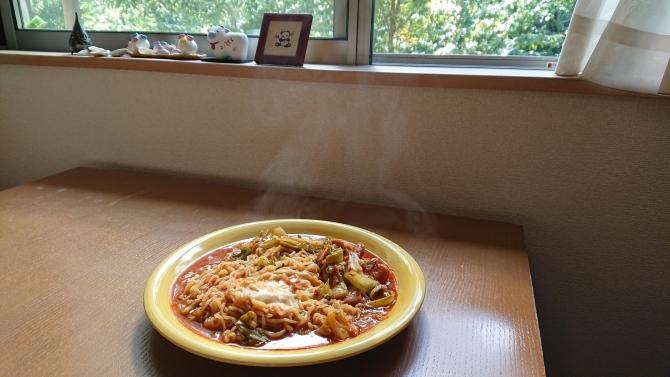 辛ラーメンの簡単アレンジ! チーズ・ラポッキの韓国レシピ完成写真