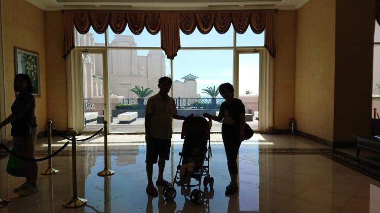 チェジュ島旅②:ロッテホテルのロビー写真