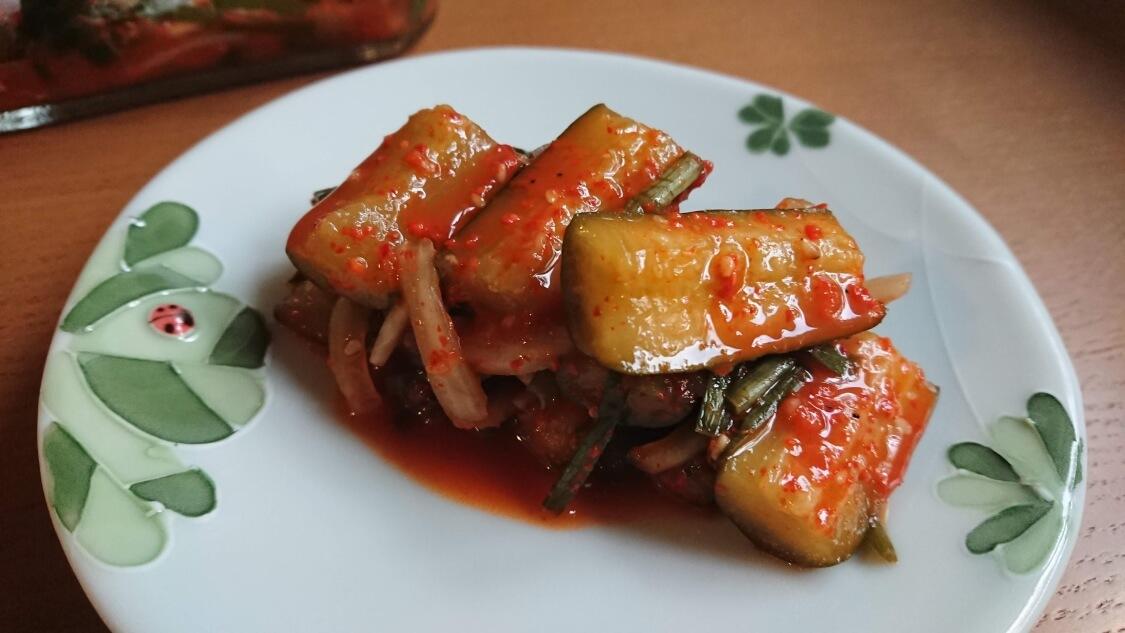 韓国ではこの切り方がオイキムチ。簡単だけど本格な味になるレシピ♪キュウリ
