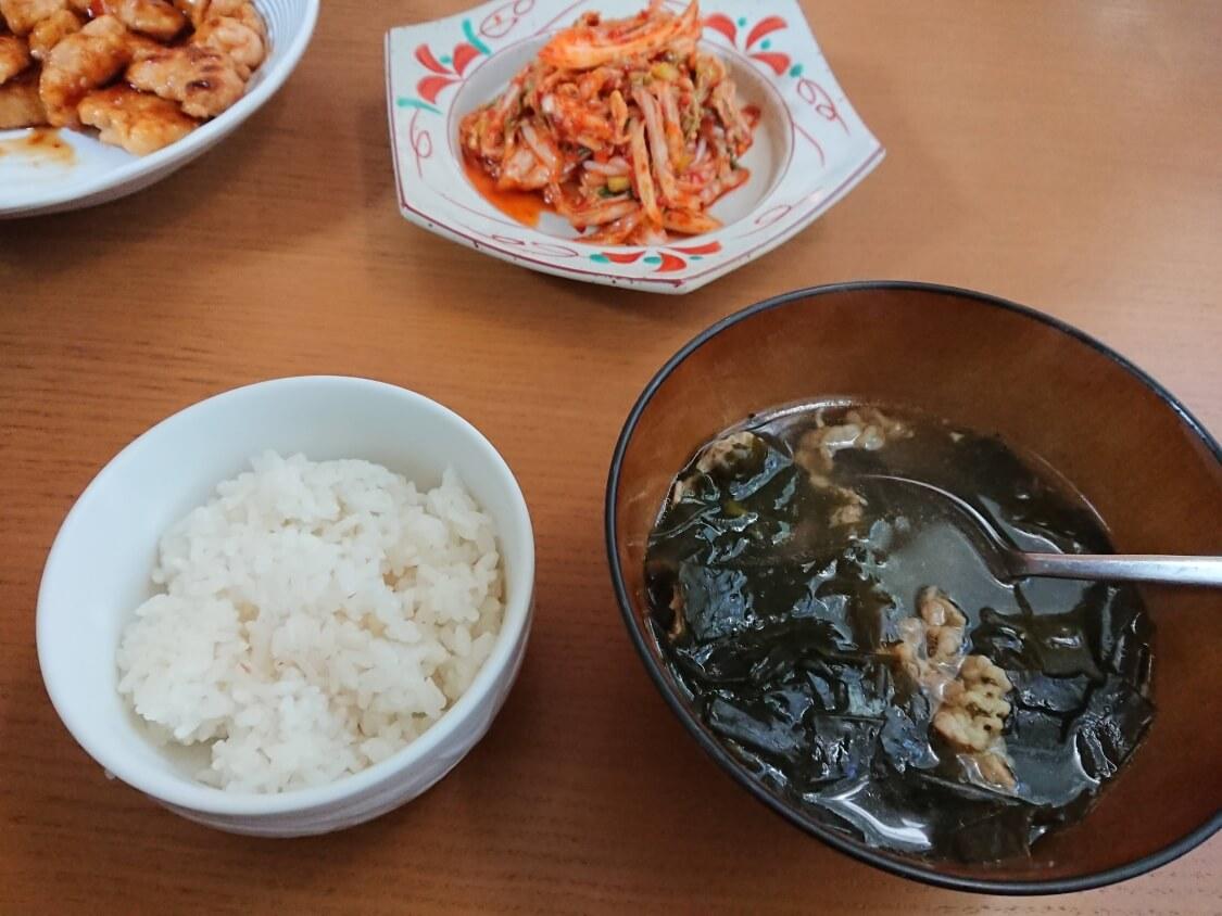 白菜キムチ(韓国式浅漬けコッチョリ)に合う料理