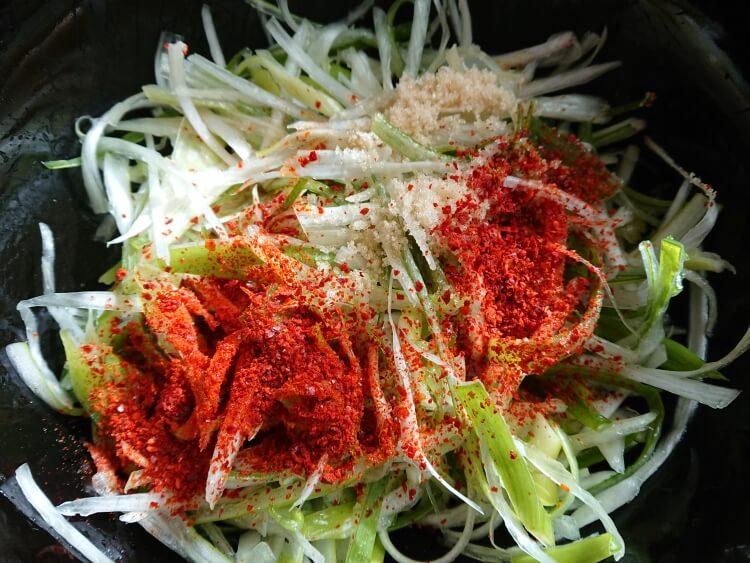 サムギョプサルの副菜:ネギサラダのレシピ