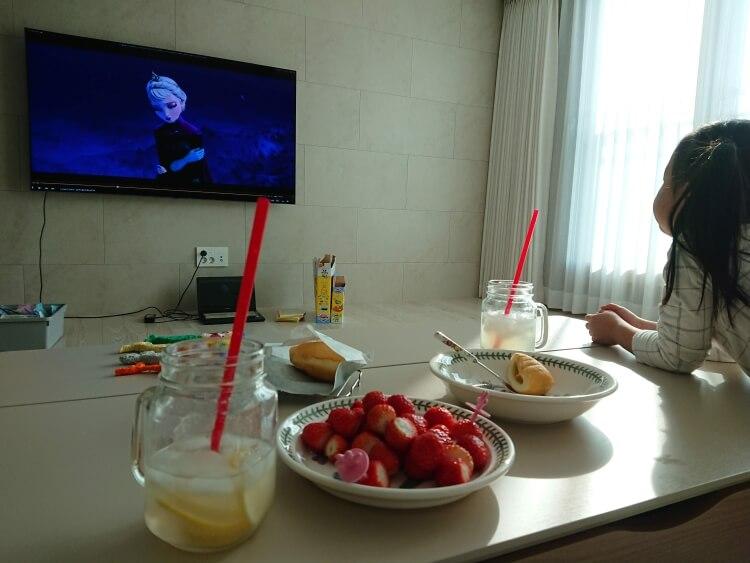 韓国のアパートでいちご