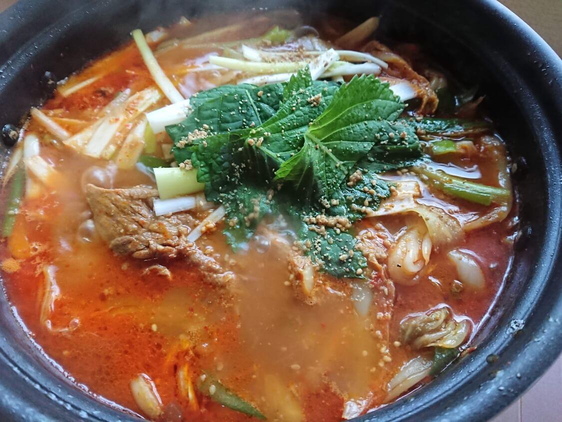 韓国料理カムジャタン