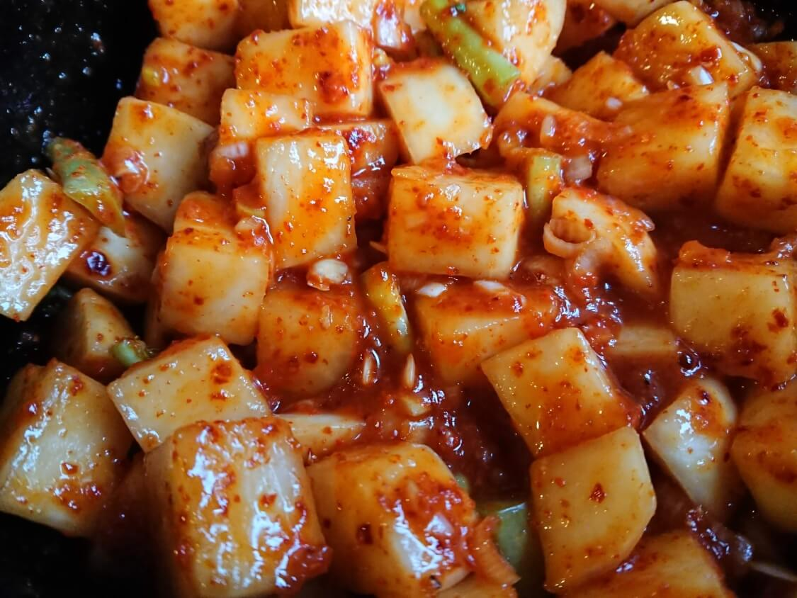 カクテキの韓国人気レシピ。完成