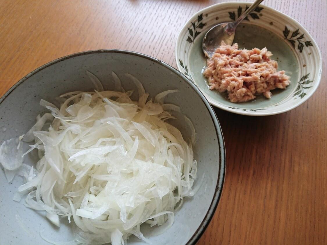 「ふるる冷麺」のトッピング具材
