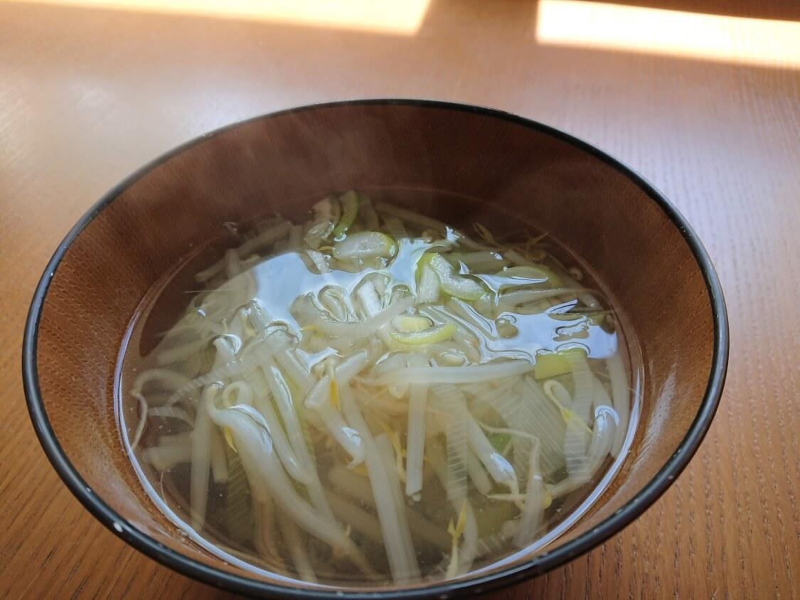 もやしスープのレシピ。韓国式のコツ