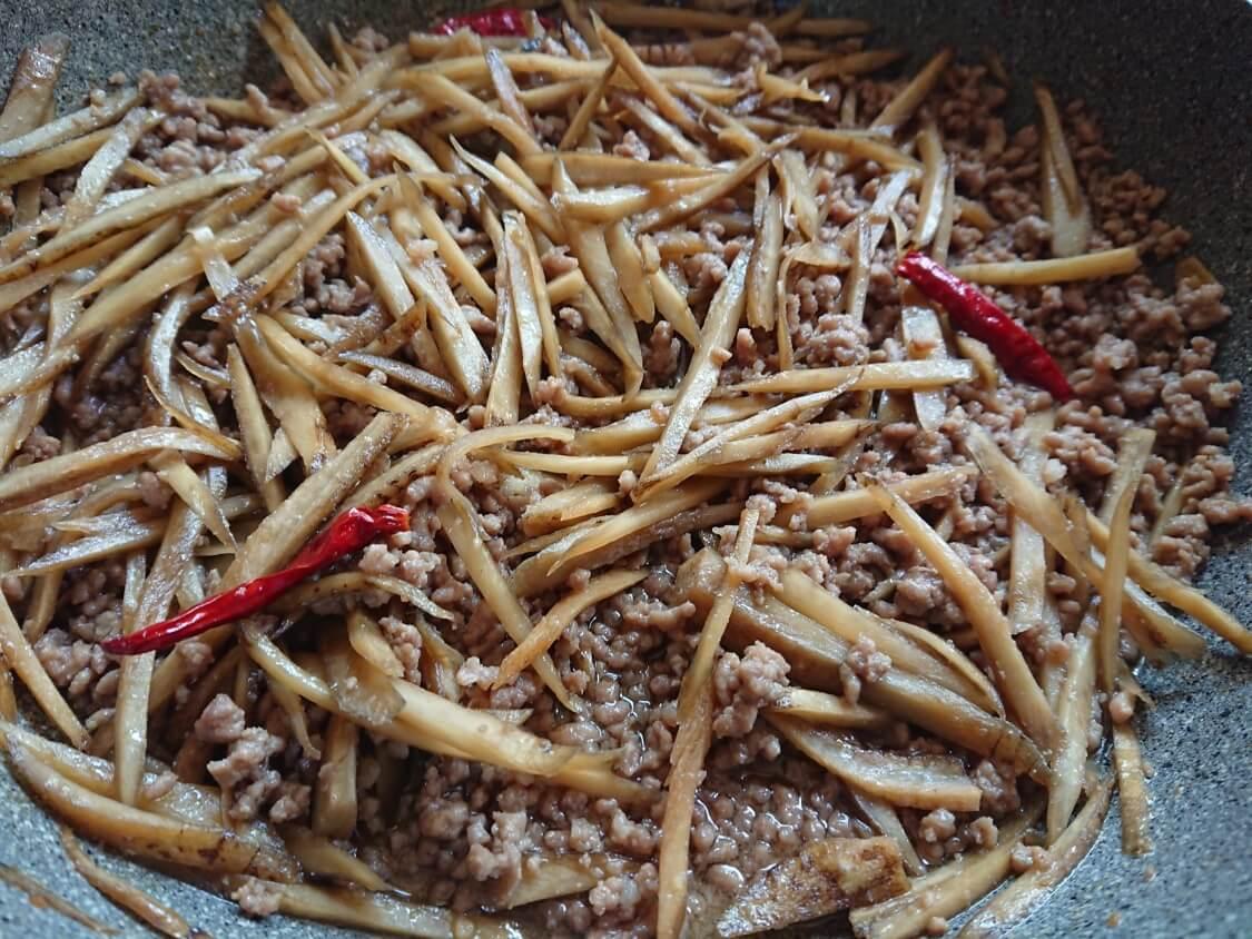 ごぼうと豚肉のしぐれ煮のレシピ