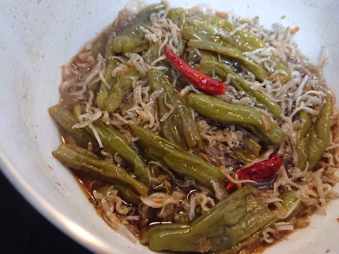 ししとうとちりめんじゃこの甘辛煮。韓国のレシピ