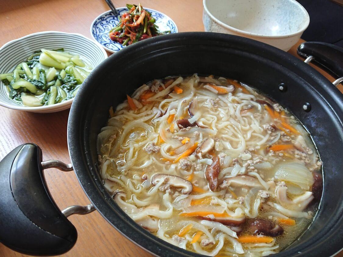 ひき肉うどんのレシピ。韓国の人気店「明洞餃子」のカルグクスのように