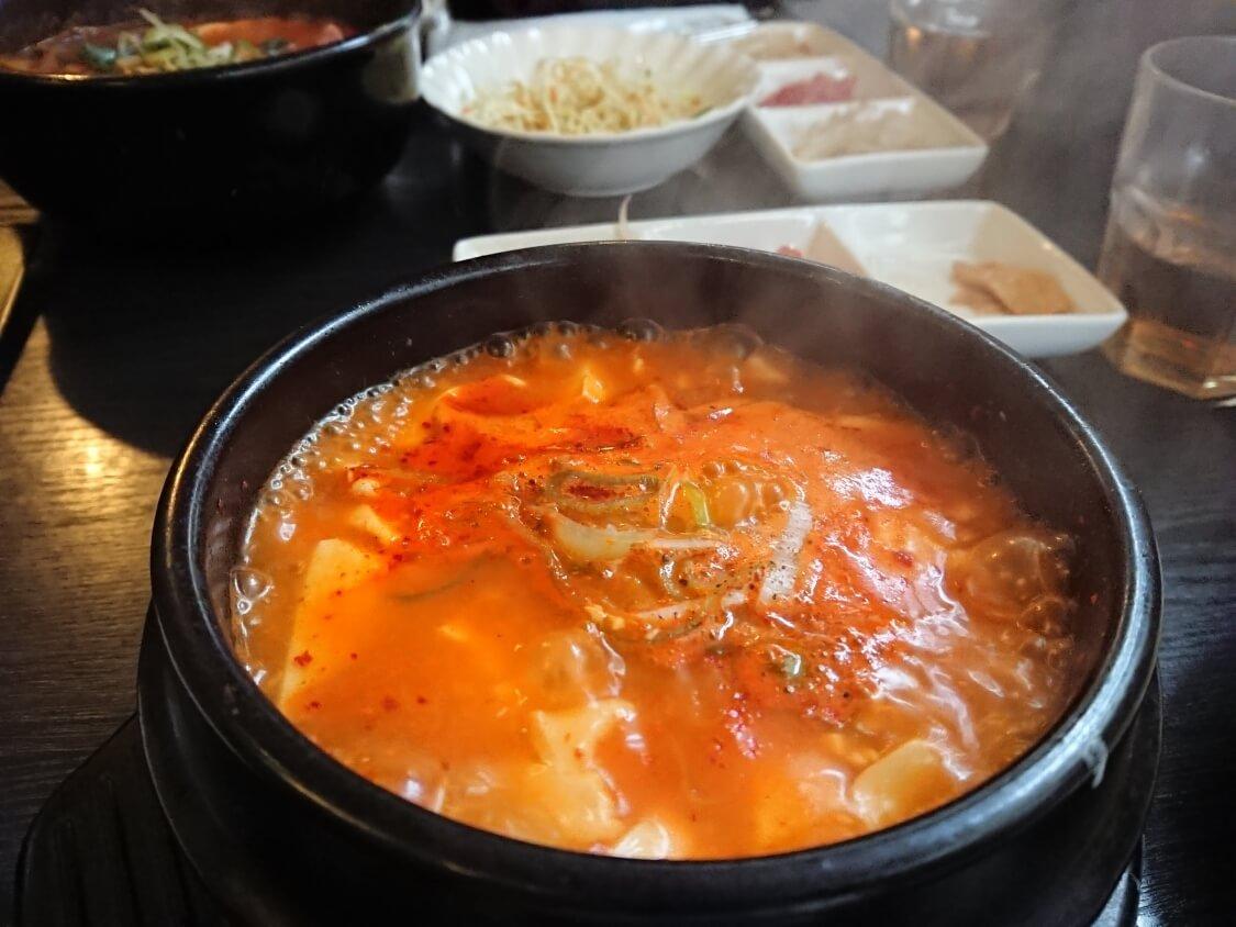 韓国料理スンドゥブチゲ
