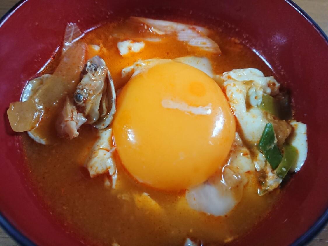 スンドゥブチゲの卵