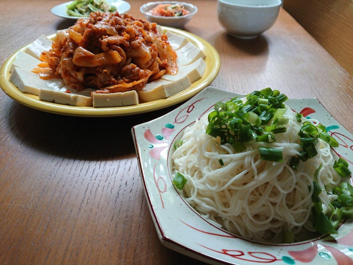 豆腐キムチのレシピ。韓国の人気おつまみメニュー