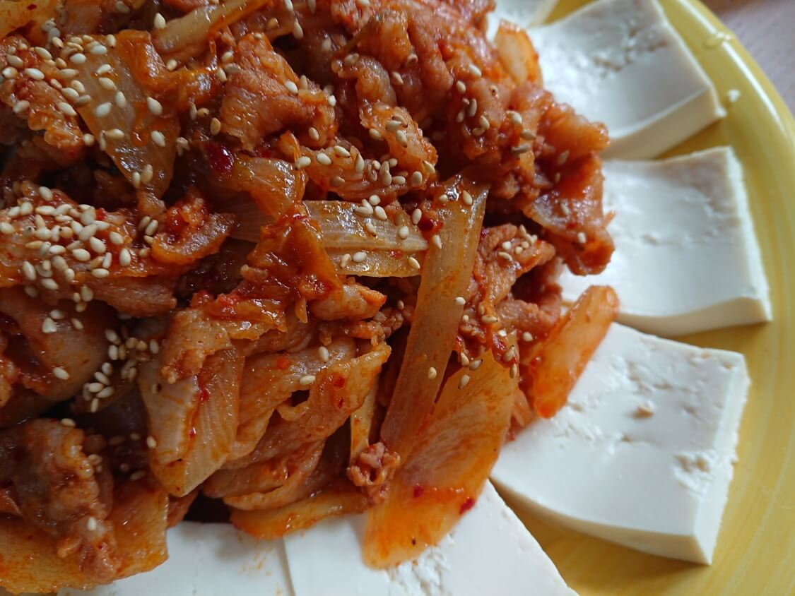 韓国の豆腐キムチ(ドゥブキムチ)