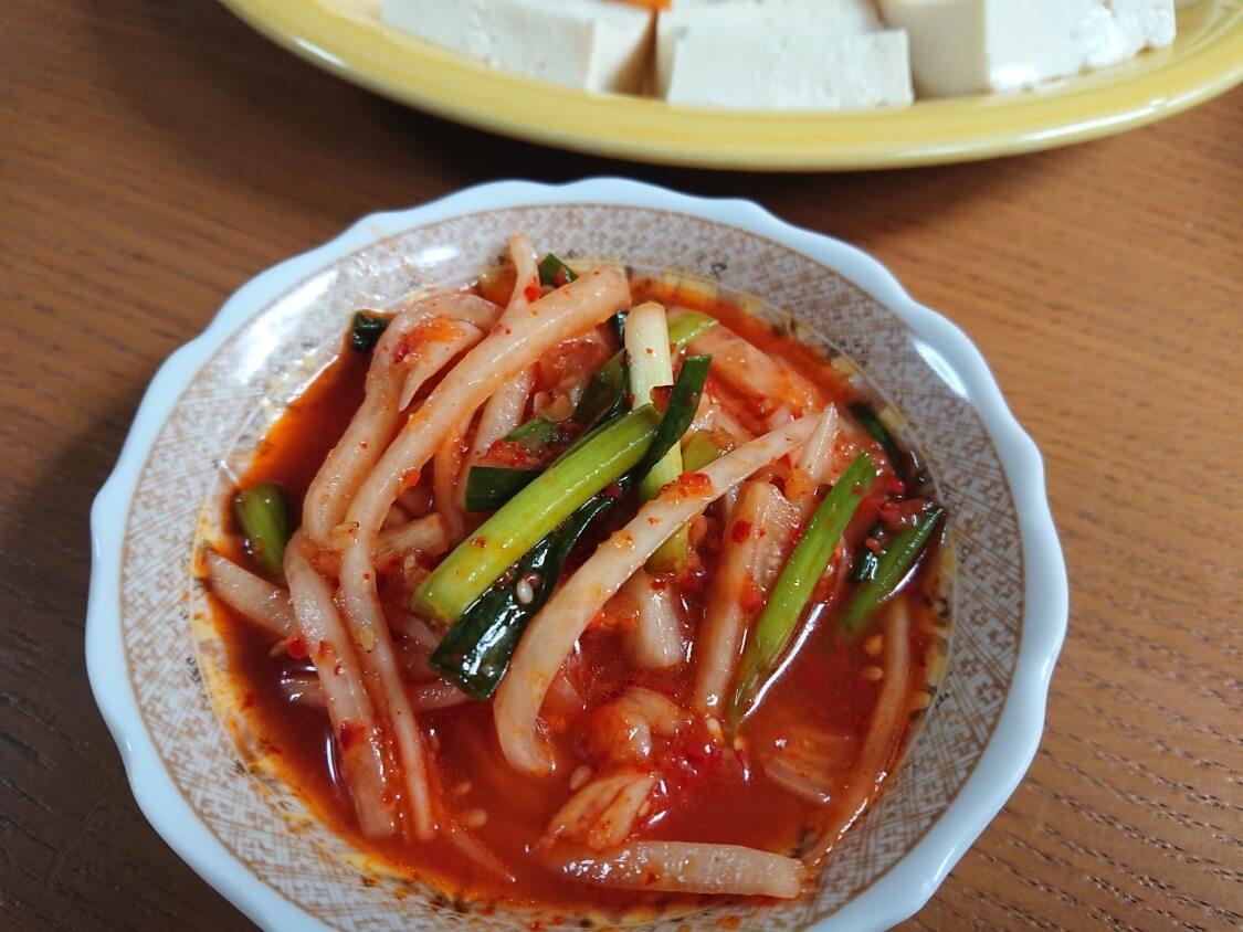 豆腐キムチのレシピ。韓国の人気おつまみメニュー。合う副菜