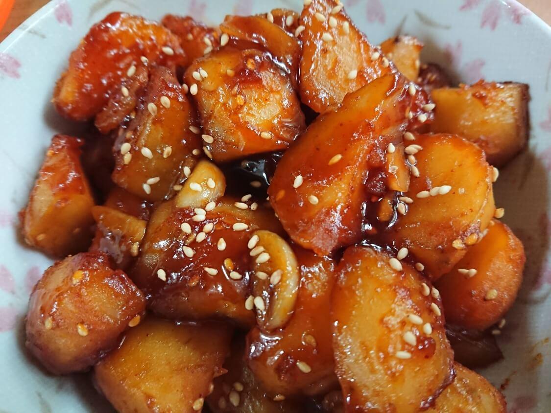 じゃがいもの煮物レシピ。韓国の作り置きおかず