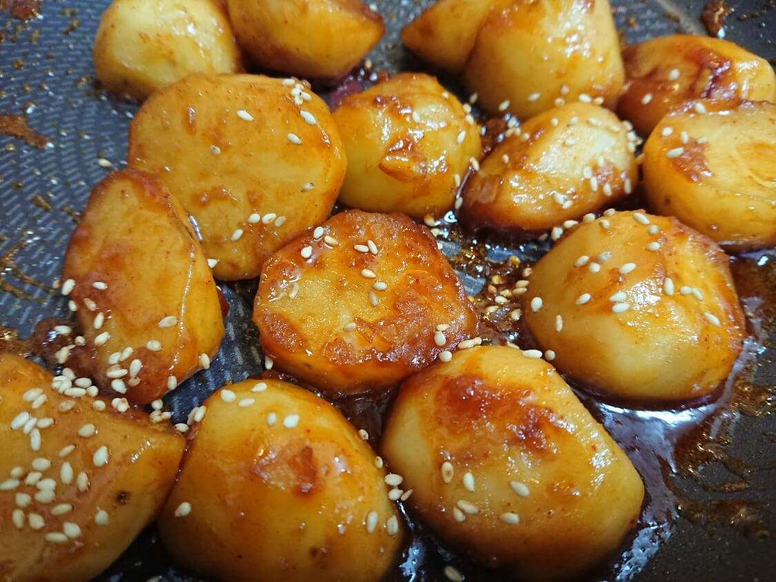 じゃがいもの煮物レシピ。韓国定番の簡単おかず♪コチュジャン入り