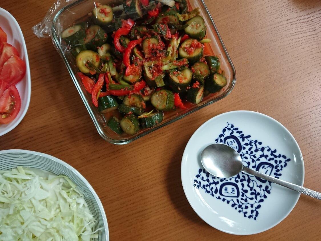ぽりぽり!韓国オイキムチ(きゅうりカクテキ)。お肉の副菜として