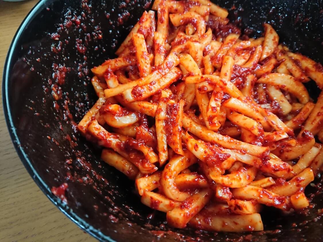 ポッサムキムチ(茹で豚によく合う和え物)の作り方。和える