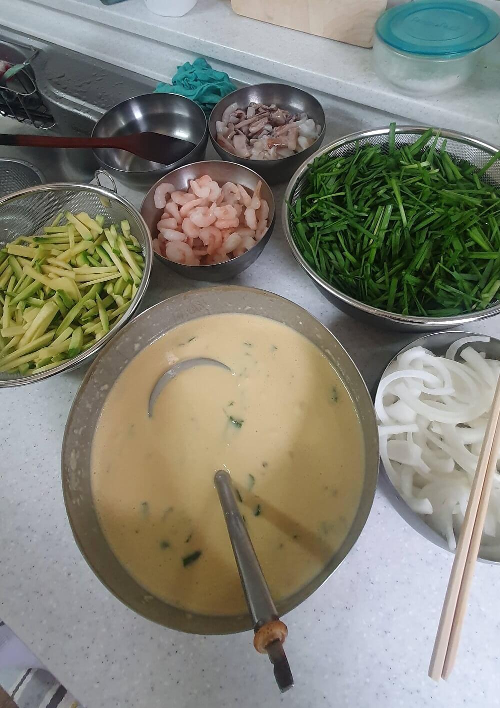 韓国の海鮮チヂミ