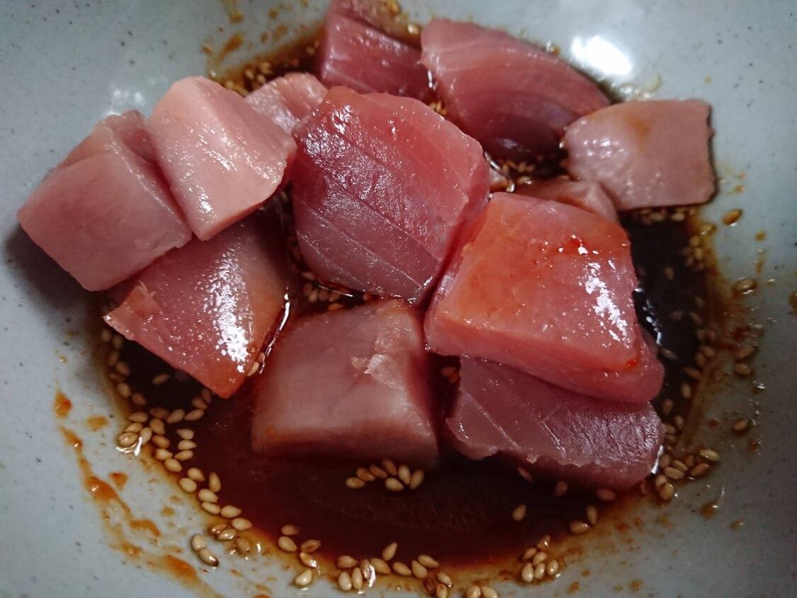 マグロの酢コチュジャン和えの作り方