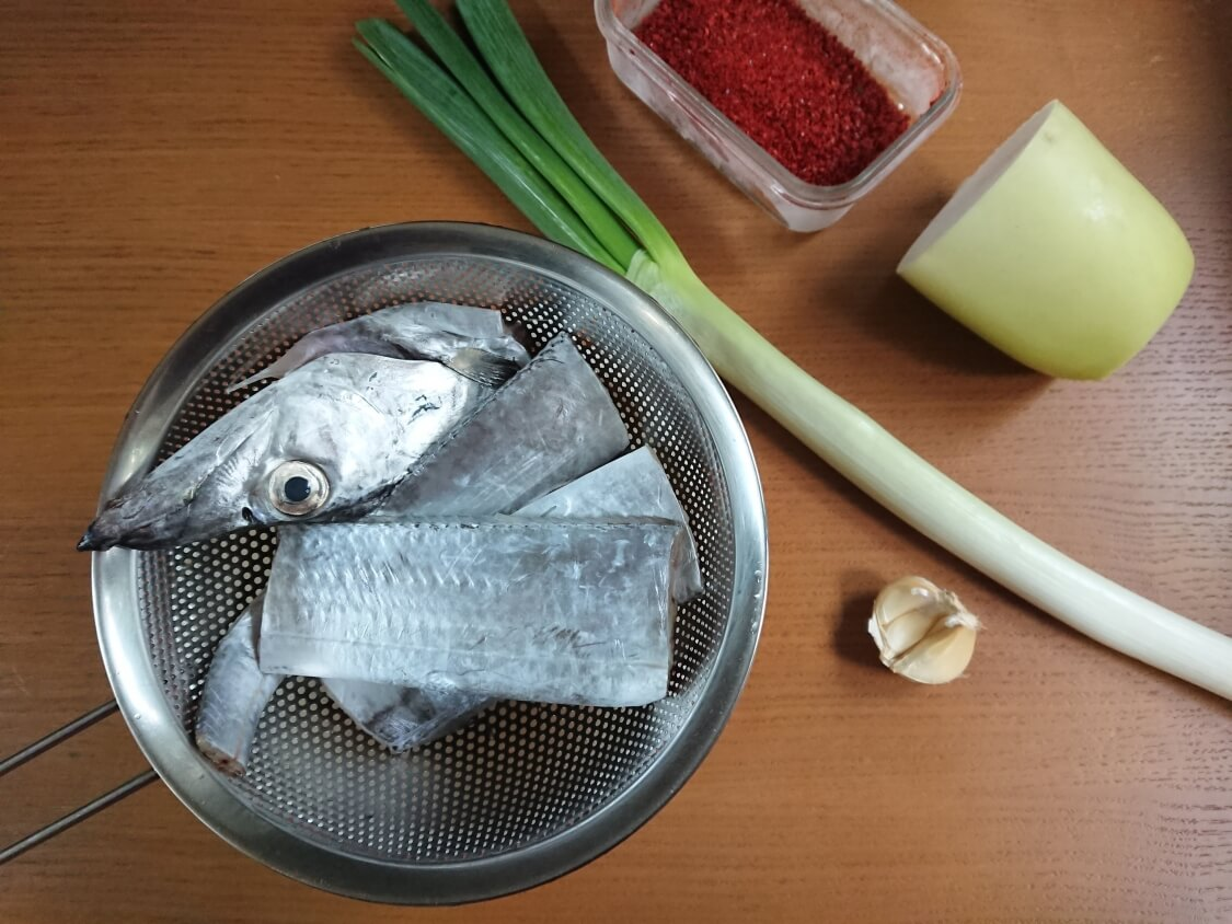 太刀魚の煮付け(カルチチョリム)の韓国レシピ。材料と調味料