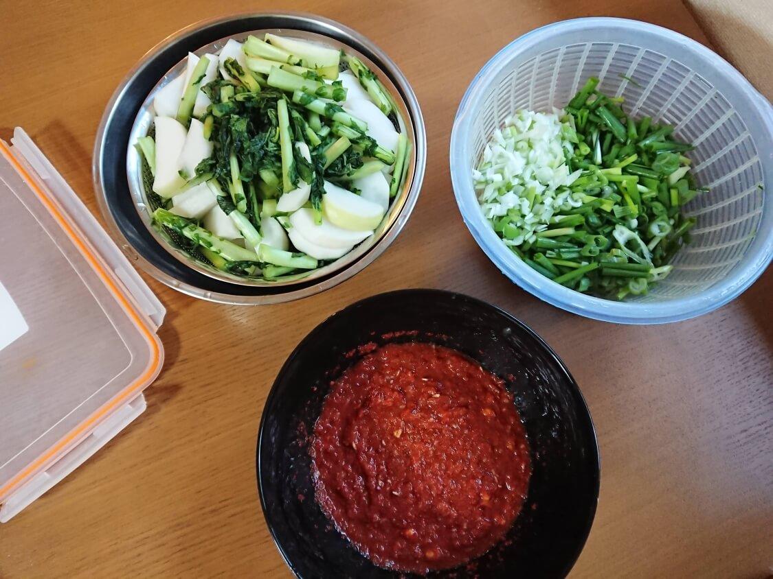 大根の葉入り!カクテキキムチの韓国レシピ。和える