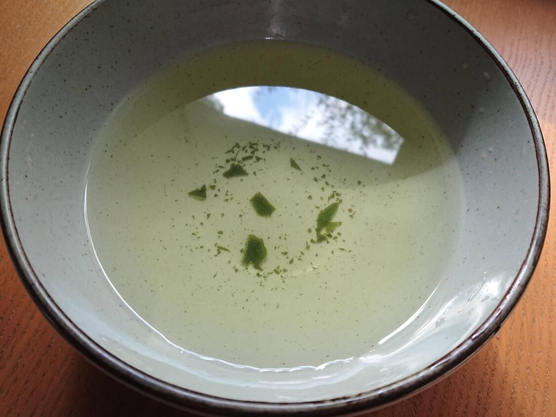 牛肉入りわかめスープの作り方。味付け