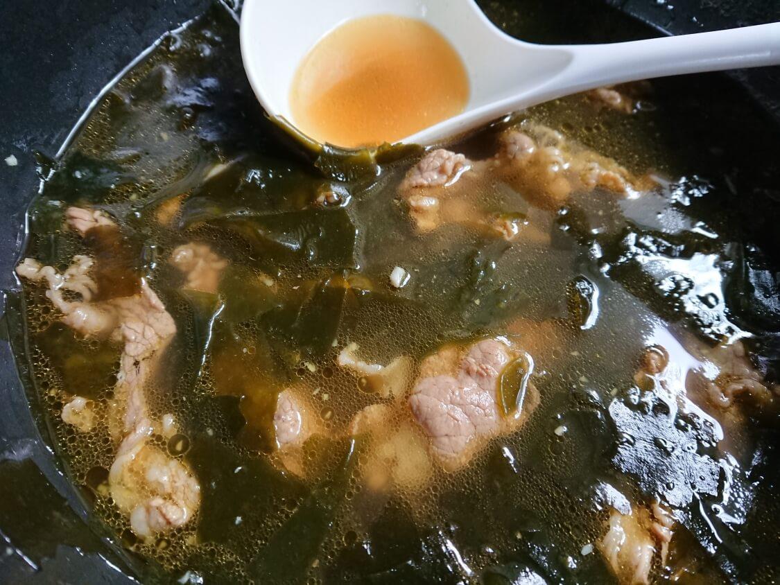 牛肉入りわかめスープの韓国レシピ。完成