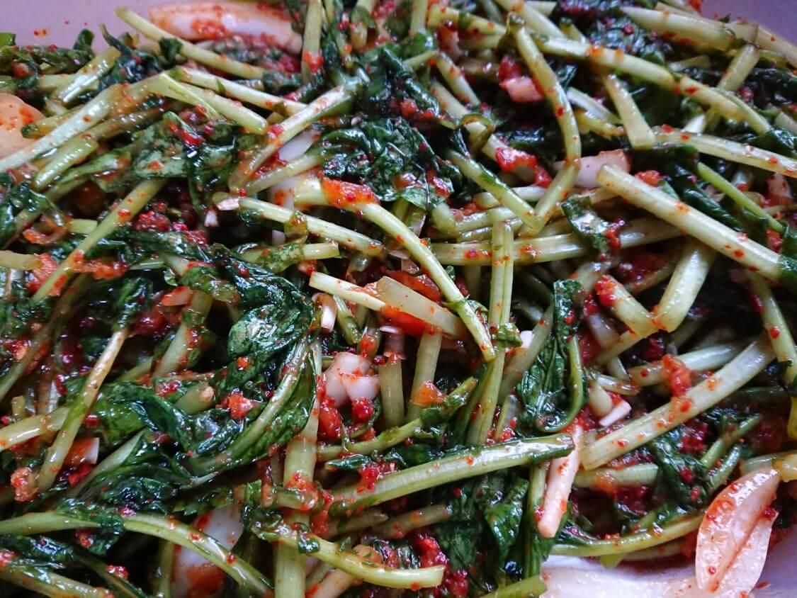 大根の間引き菜でヨルムキムチ
