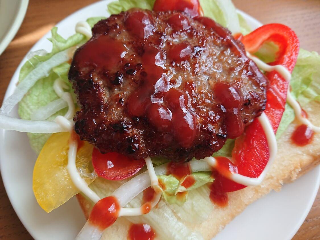 ハンバーガーの韓国レシピ。プルコギ味の甘辛パティの作り方。ソースと食べ方