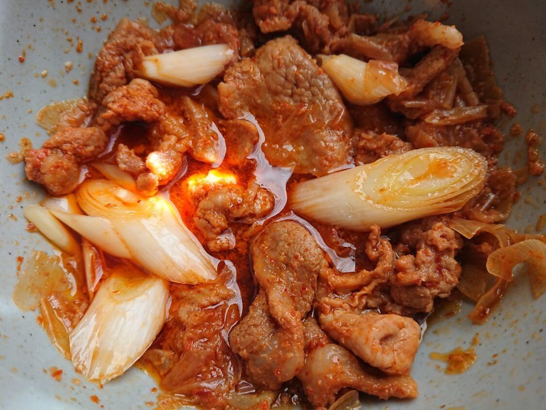 白菜たっぷり水キムチのレシピ。付け合わせの料理