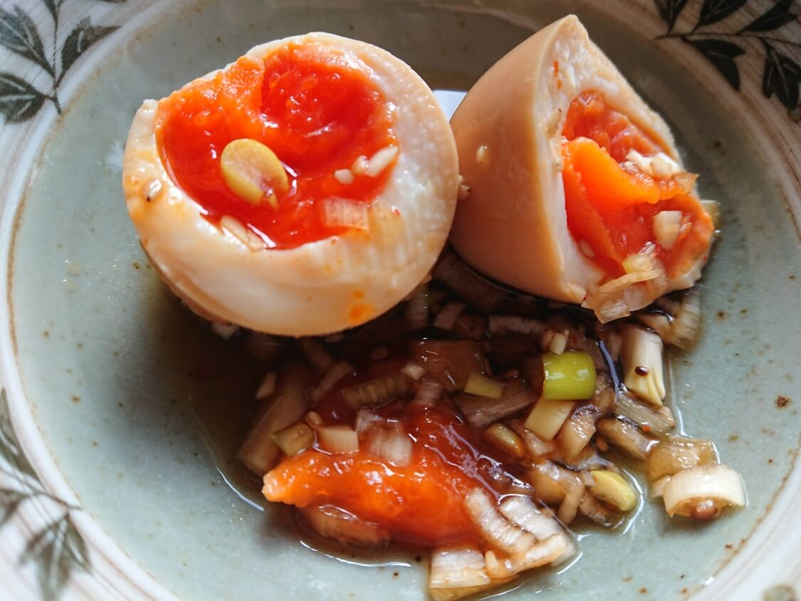 ゆで卵の醤油漬けの人気レシピ。半熟の煮卵