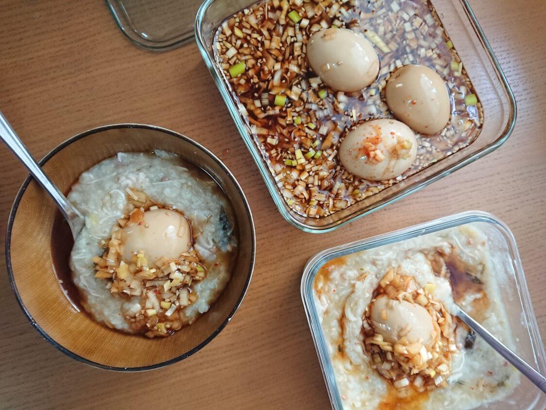 ゆで卵の醤油漬けの人気レシピ。ネギだれに半熟煮卵が美味しい♪韓国の麻薬卵の食べ方
