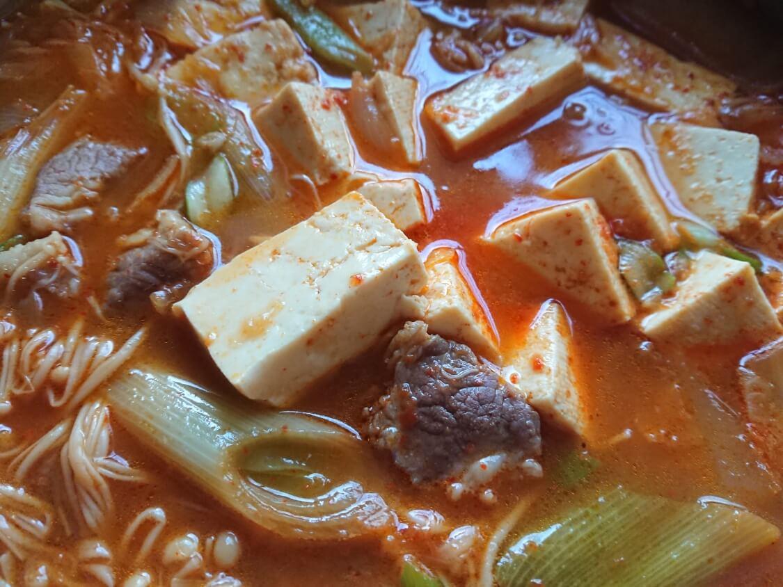 韓国の本格豆腐チゲ