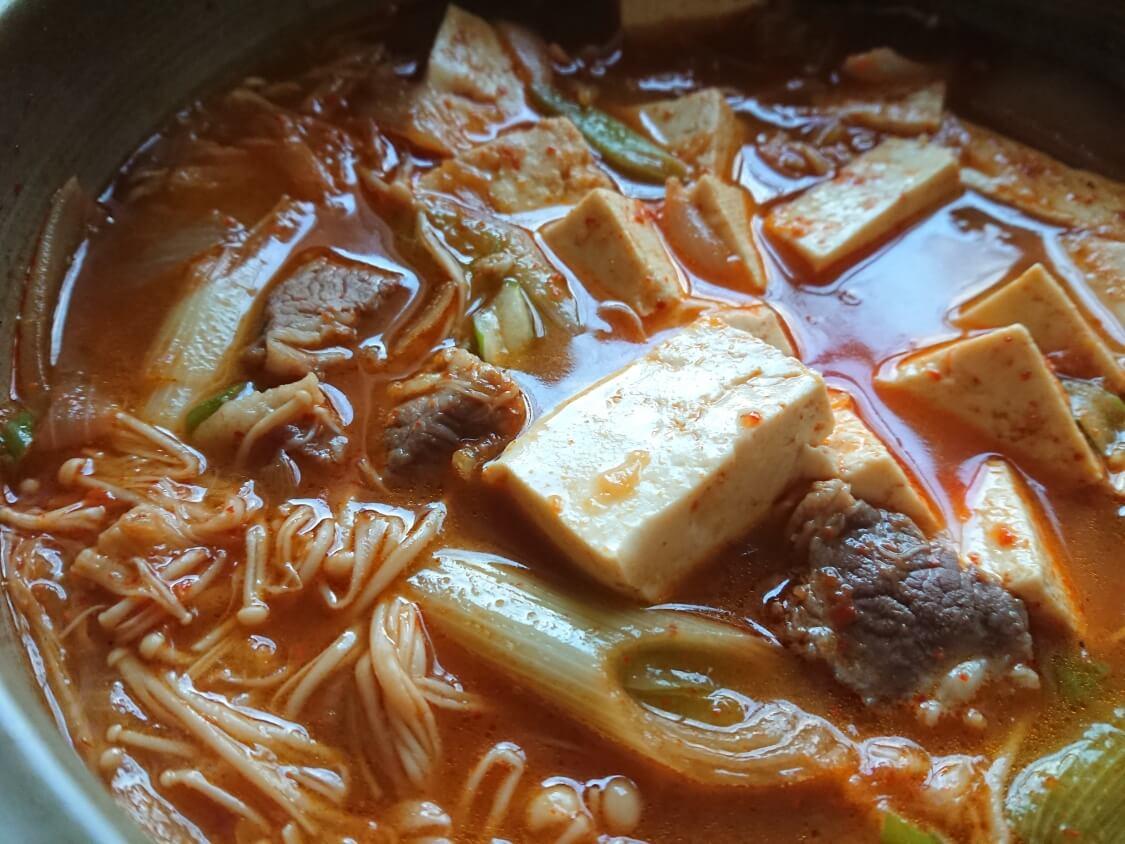 旨辛!豆腐チゲの韓国人気レシピ