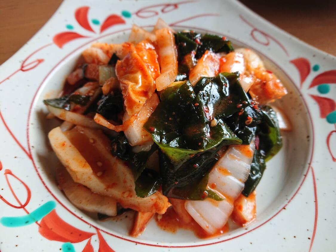 わかめの韓国式ピリ辛酢の物(酢コチュジャン和え)のレシピ。盛り付け