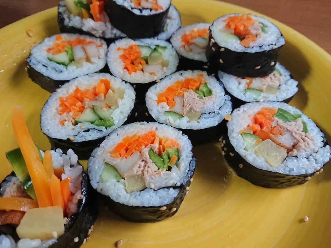 火を使わない!簡単ツナキンパ+野菜キンパの作り方。韓国海苔巻き(キンパプ)