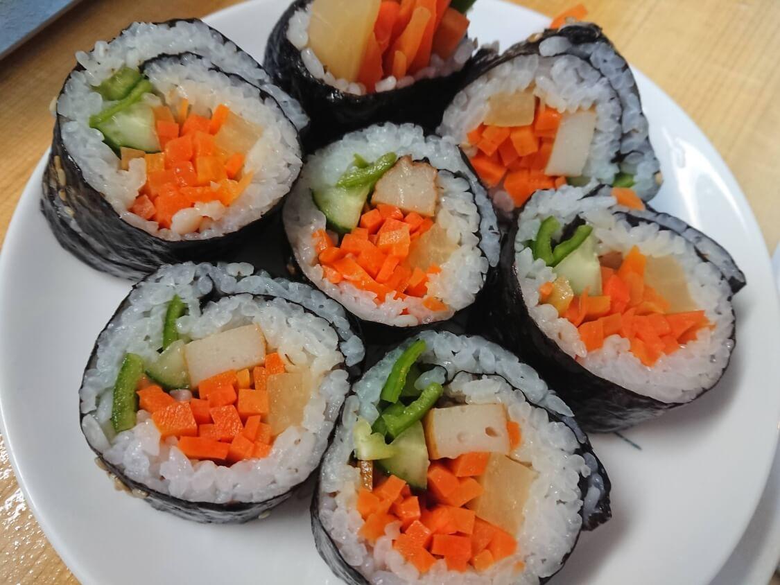 火を使わない!簡単ツナキンパ+野菜キンパの作り方。韓国の人気レシピも♪